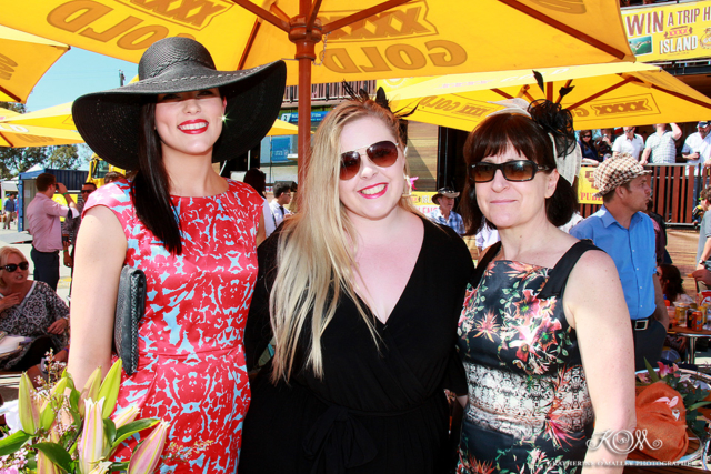 Deagon Community Race Day © katherine o'malley, 2014