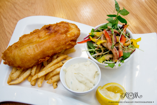 Battered Fish, Chips and salad. Arana Leagues Club © katherine o'malley, 2016